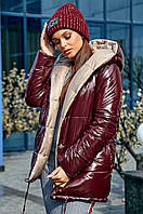 Женская демисезонная куртка двухсторонняя с капюшоном марсала с кофе