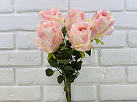 """Букет роз """"Пышный бутон"""" розовый на 5 бутонов"""