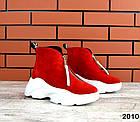 Женские зимние ботинки в красном цвете, из натуральной замши, фото 2
