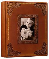"""Шкіряний сімейний фотоальбом """"Фамільний"""" формату А4+ (26,5х34,5см), фото 1"""