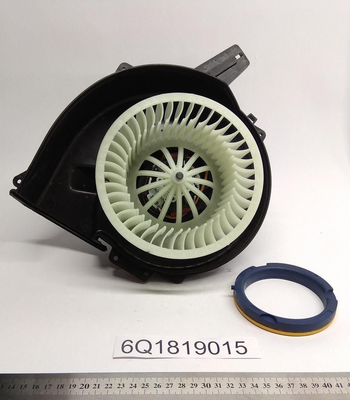 Мотор печки Audi A1 2010- AC- KEMP