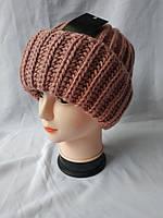 Женская зимняя шапка с отворотом