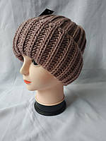Женская зимняя шапка с отворотом окрас капучино