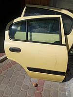 Дверька задня права ліва  Nissan Аlmera  хетчбек
