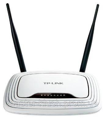 Роутер TP-LINK TL-WR841N Wi-Fi 802.11 g/n, 300Mb, 4 LAN 10/100Mb, 2 антенны