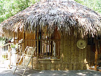 домики бамбуковые