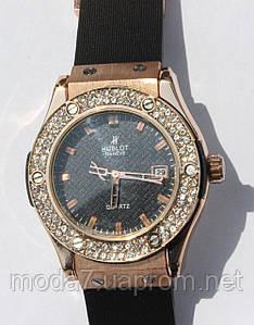 Женские наручные часы HUBLOT