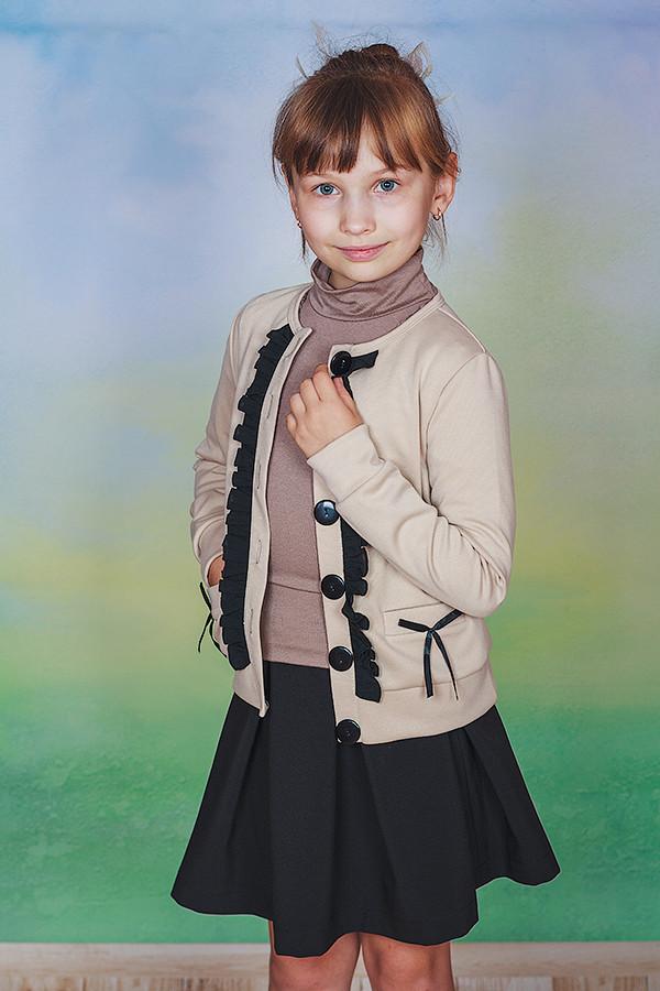 Жакет для девочки бежевый