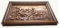 Картина резная из дерева Охотники на привале