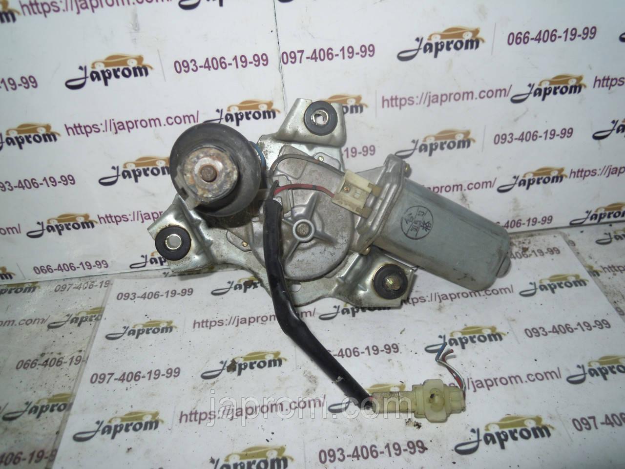 Моторчик стеклоочистителя крышки багажника Mazda 626 GF GW 1997-2002г.в. Универсал