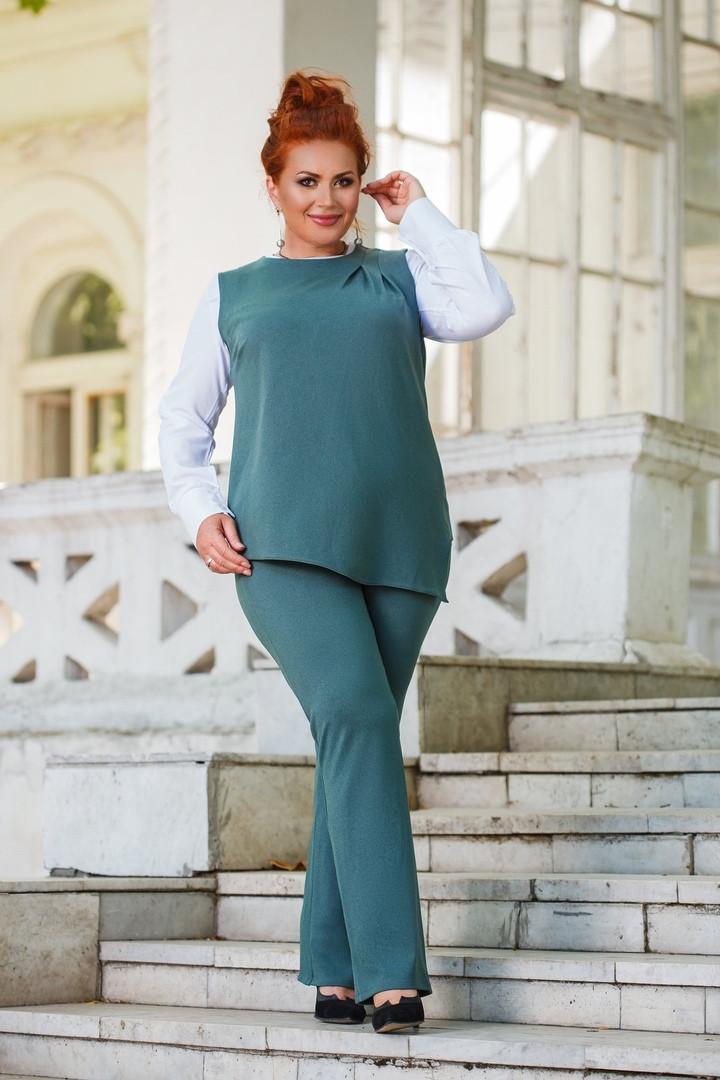 Женский брючный костюм с асиметричной кофтой без рукавов 50-52, 54-56