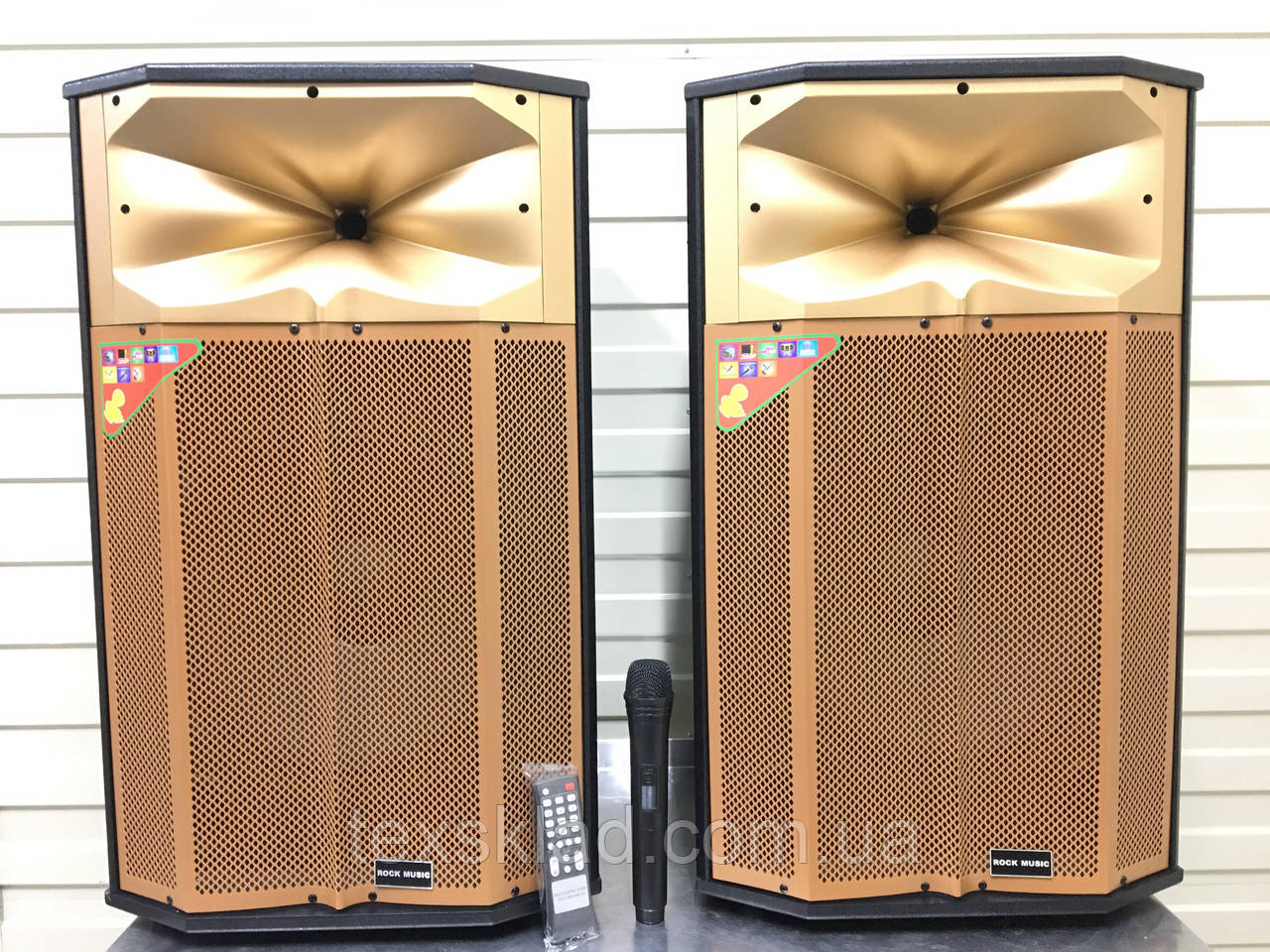 Акустика RC-1504 активная с радиомикрофоном (500W/FM/Bluetooth/USB)