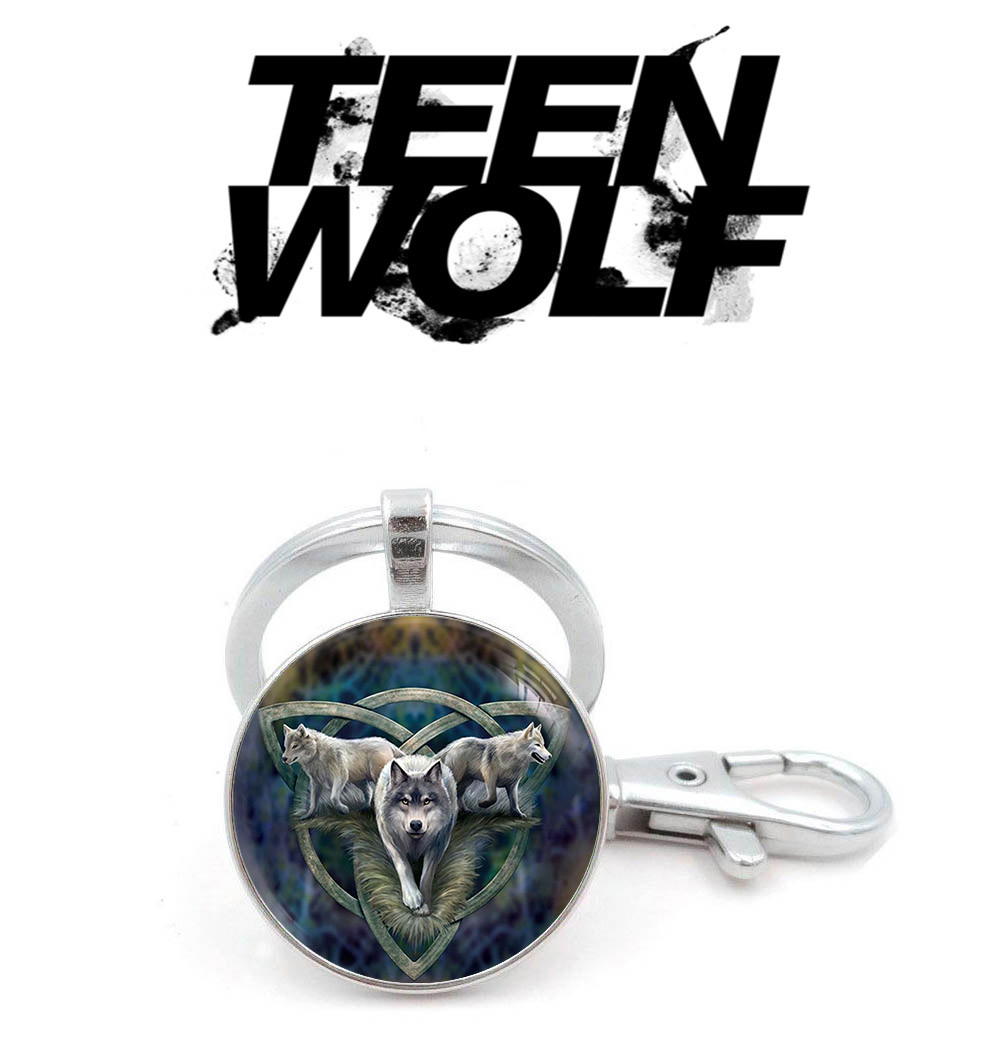 Брелок Трикветр с волками Волчонок / Teen Wolf