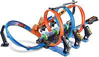 Трек Хот Вилс Невероятные виражи Hot Wheels Corkscrew Crash Track Set