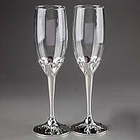 Свадебные бокалы для молодоженов на серебристой ножке