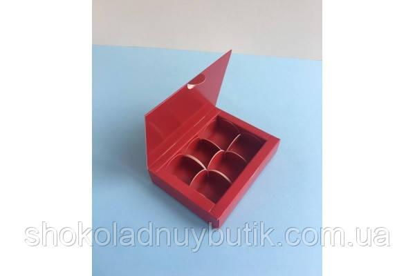 Коробка на 6 конфет, красного цвета