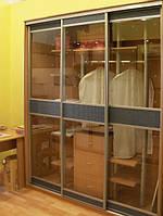 Шкаф купе стекло и ротанг