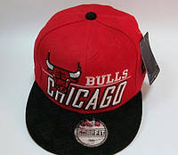 Бейсболка Chicago Bulls бренд красная