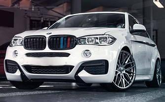 Решетка радиатора BMW X6 F16 ноздри стиль X6M (глянц + М колор)