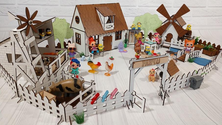 Домик для кукол LOL 2204 Сельский домик с мебелью, текстилем, светом, фермой и мельницей