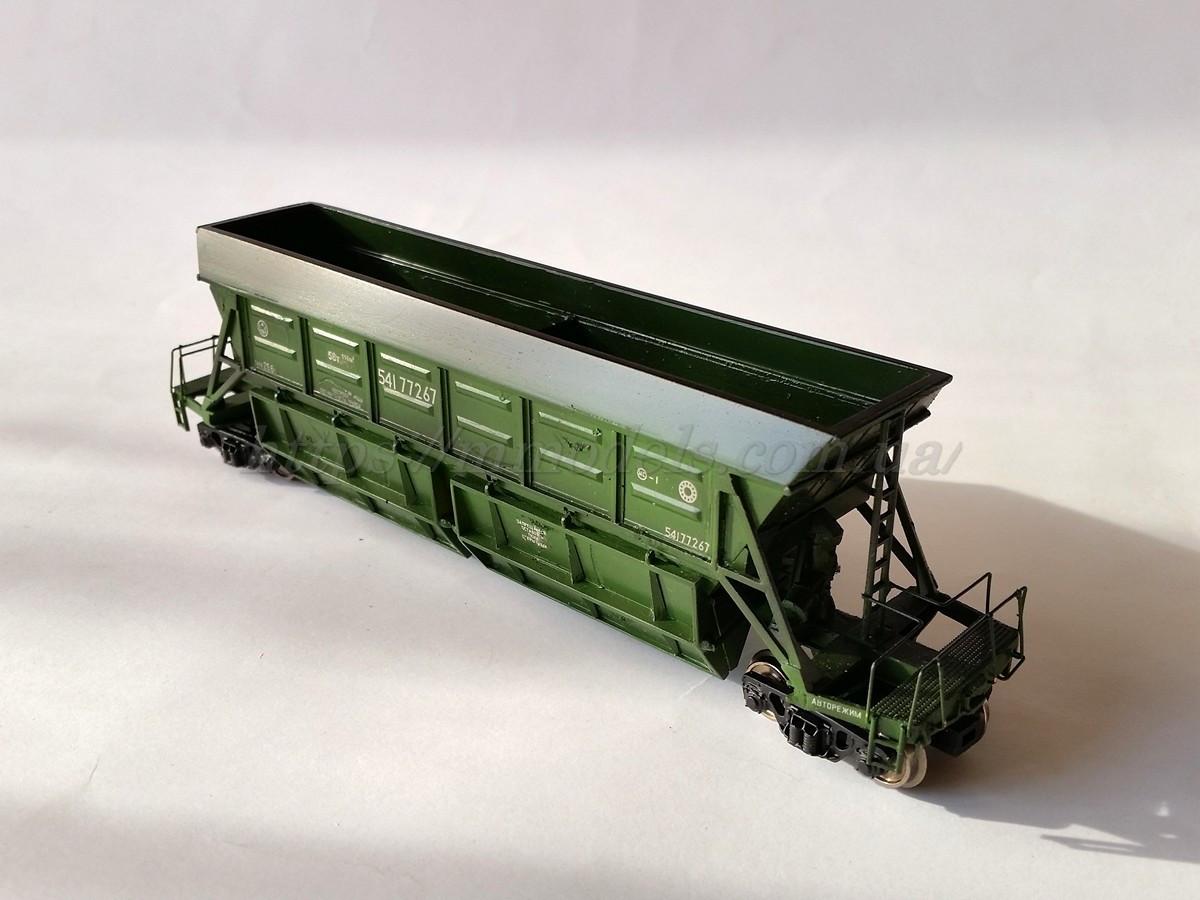 Специализированый вагон хоппер  для перевозка торфа модели 22-473, H0, 1/87
