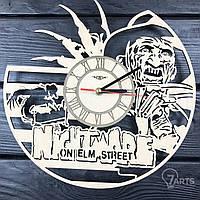 """Оригинальные настенные часы из дерева """"Фредди Крюгер"""""""