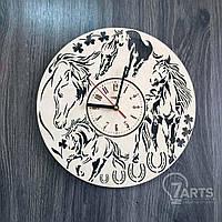 """Универсальные часы настенные из натурального дерева """"Лошади"""""""