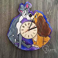 """Цветные детские деревянные часы на стену """"Леди и Бродяга"""""""