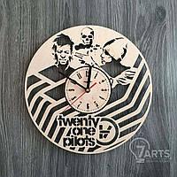 """Часы деревянные концептуальные """"Twenty One Pilots"""""""
