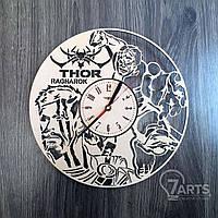 """Круглые концептуальные часы из дерева """"Тор"""""""