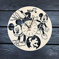 """Часы на стену в детскую комнату """"Веселый Микки Маус"""""""