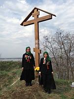 Установка Поклонных Крестов в Киевской области на местах захоронения советских воинов (2013 г.)