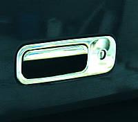 Накладка на заднюю ручку багажника Volkswagen Caddy 2004-2010 г.в. нержавейка