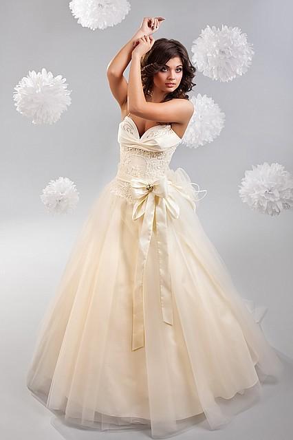 d18adaec31b3f17 Шикарное свадебное платье, №1244, цена 6 799 грн., купить в Киеве ...