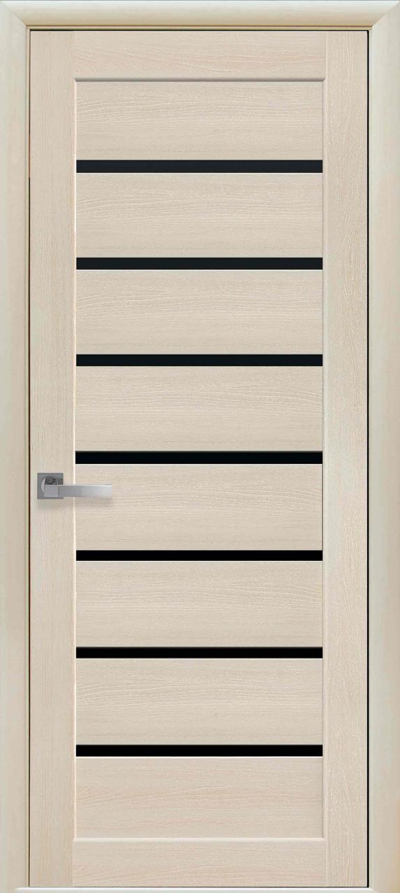 Межкомнатная дверь Леона с черным стеклом
