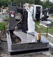 Гранітний пам'ятник одинарний з Ангелом S5000