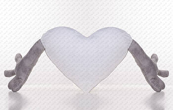 Подушка плюшевая сердце обнимашка для сублимации цвет серый