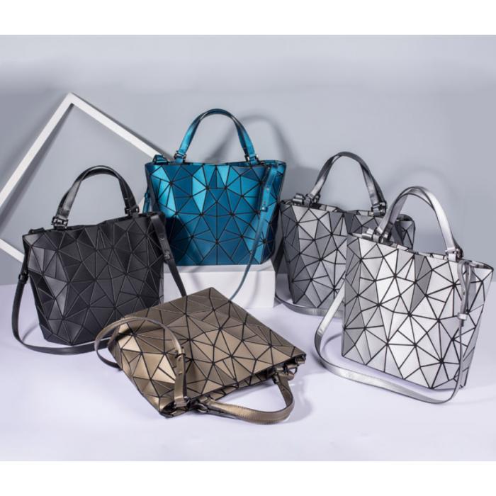 Женская сумка большая в корейском стиле с геометрическим рисунком