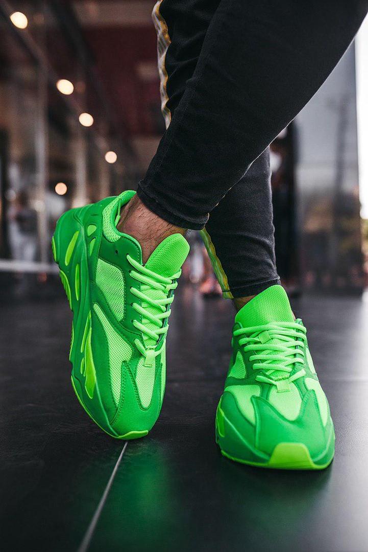 Кроссовки  Adidas Yeezy Boost  700  V2 Green Neon