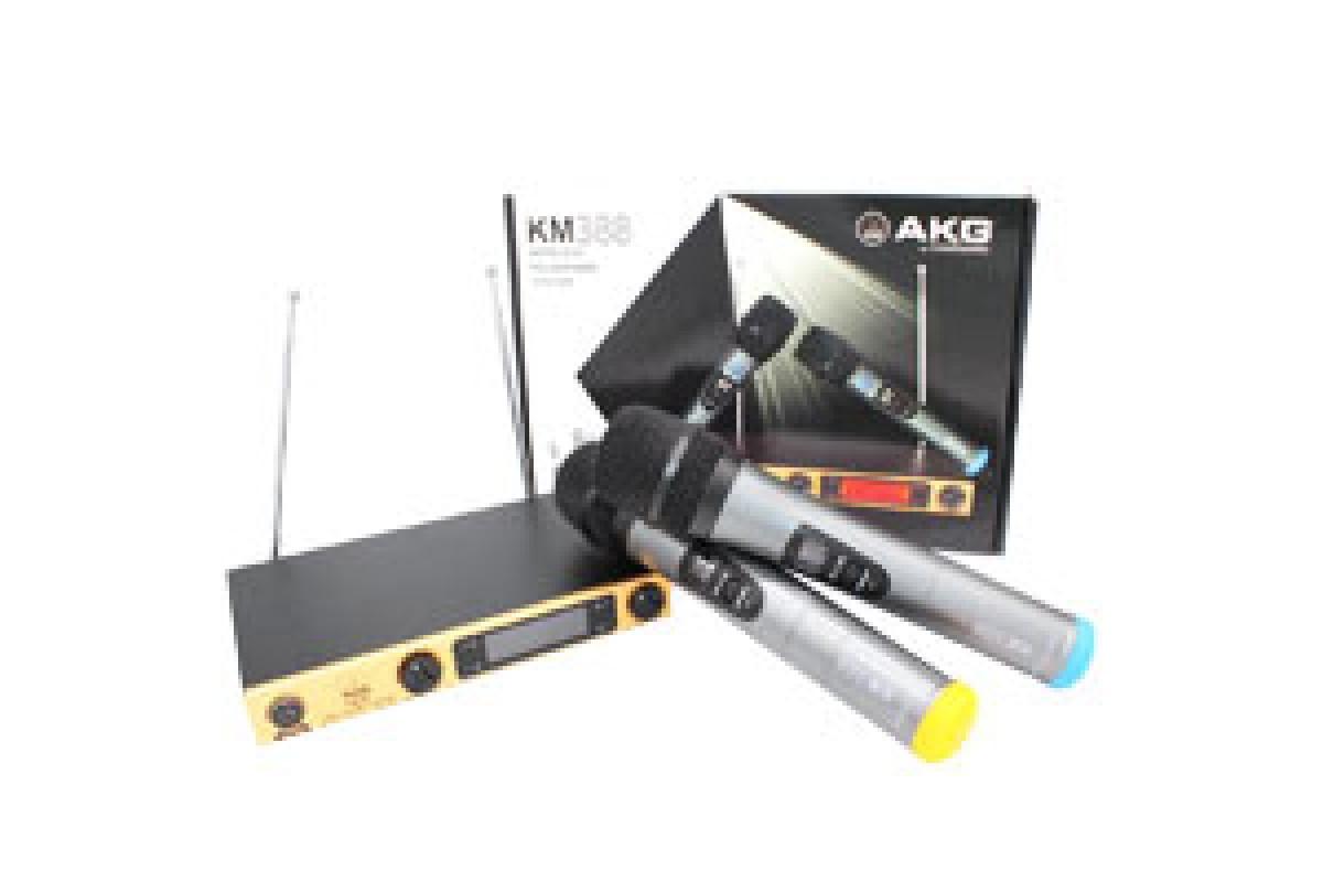 Караоке система AKG KM-388 база и 2 радиомикрофона