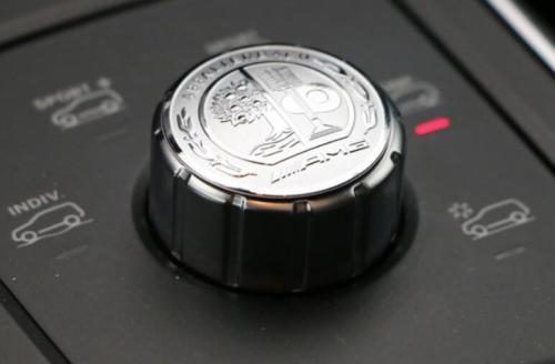 Эмблема шильдик Наклейка Mercedes на мультимедия A,AMG GT,B,C,CLA,CLC,CLK, CLS,GLA,GLC,GL,GLK,GLS,M,S,SLC,SL