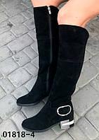 Женские сапоги из натуральной замши чёрного цвета на средней высоты каблуке
