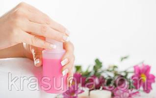 Жидкость для снятия лака: особенности и правила использования
