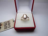 Золотое женское кольцо. Размер 18,5