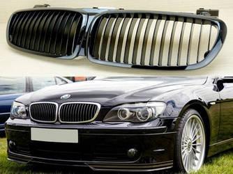Решетка радиатора  BMW E65 (06-08) ноздри черный глянц