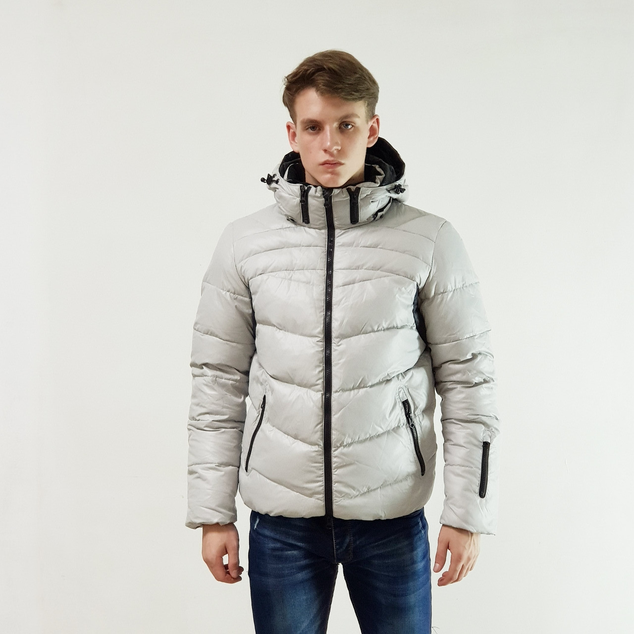 Легкий пуховик мужской Snowimage  светло-серый зимний на пуху с капюшоном, скидки