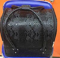 Чемодан кейс текстурный змеиный принт, маникюрная сумка для мастера, кож.зам, черный цвет, фото 1