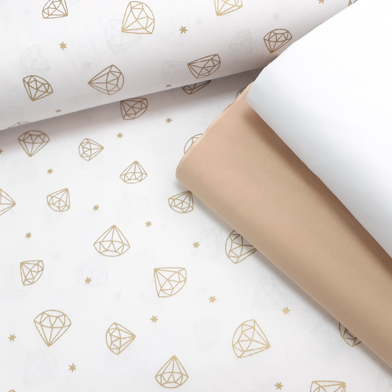 Хлопковая ткань (ТУРЦИЯ шир. 2,4 м) Золотые бриллианты на белом  (глиттер)