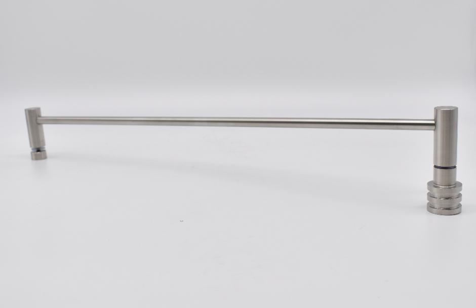 ODF-13-02-01-L600 Полотенцедержатель 600 с ручкой, сатин