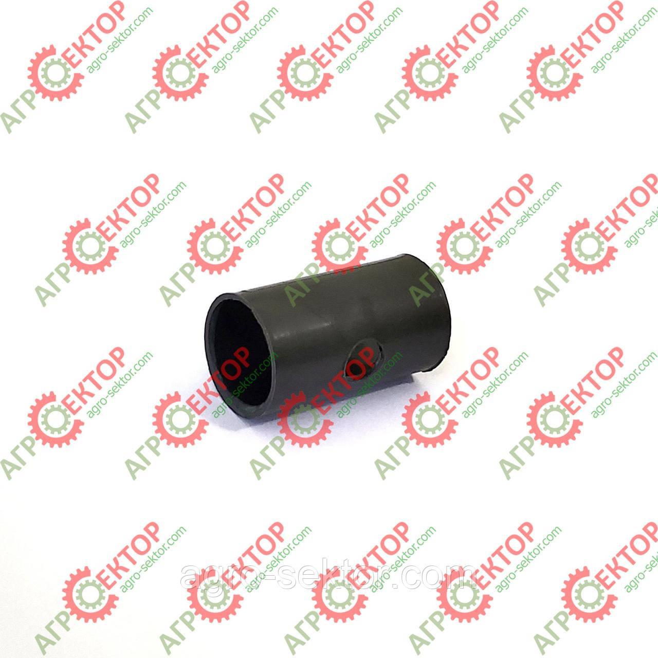Втулка 15*18*32мм ролика вала в'язального механізму на преспідбирач Claas Markant 008508